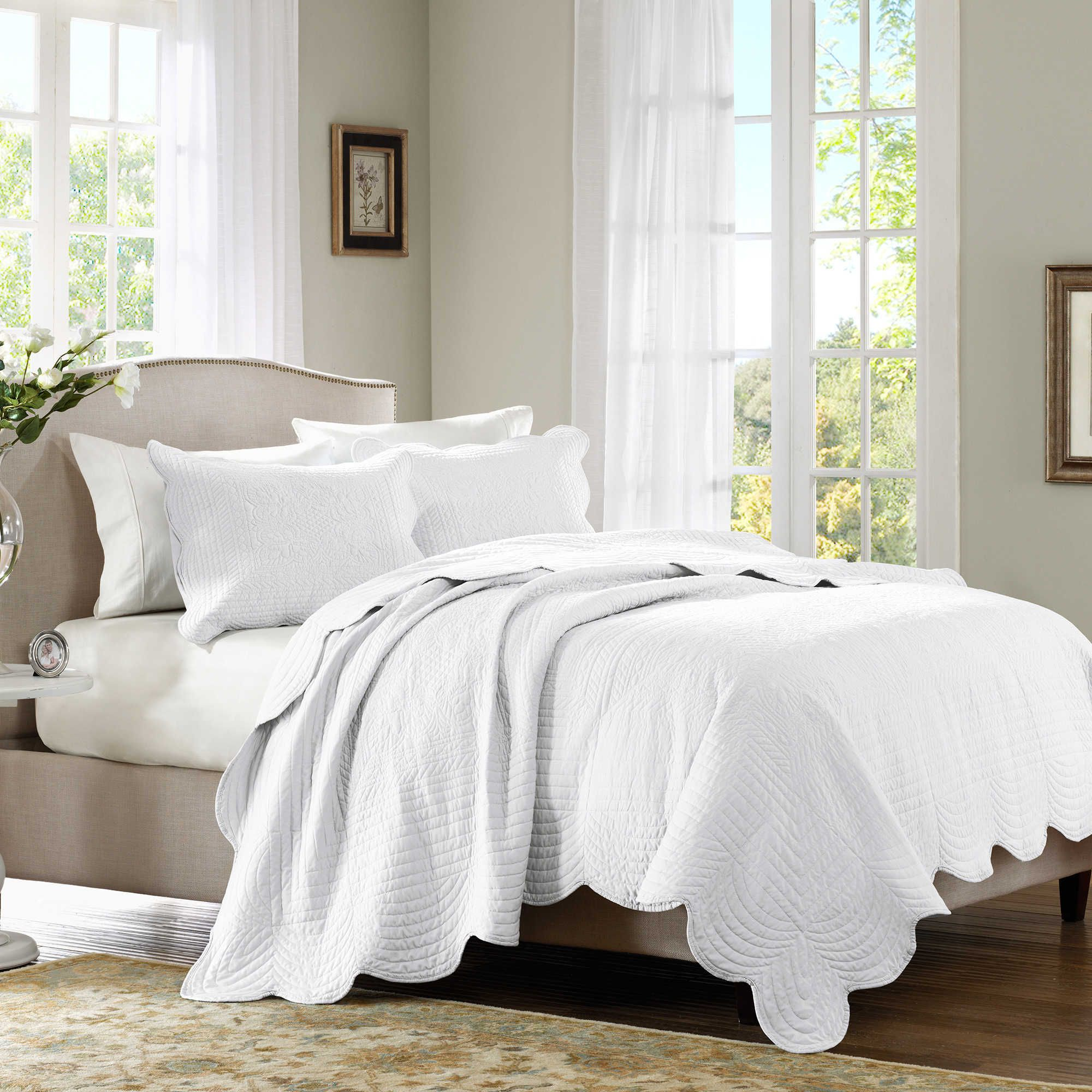 Madison Park Tuscany 3 Piece Fullqueen Coverlet Set In White
