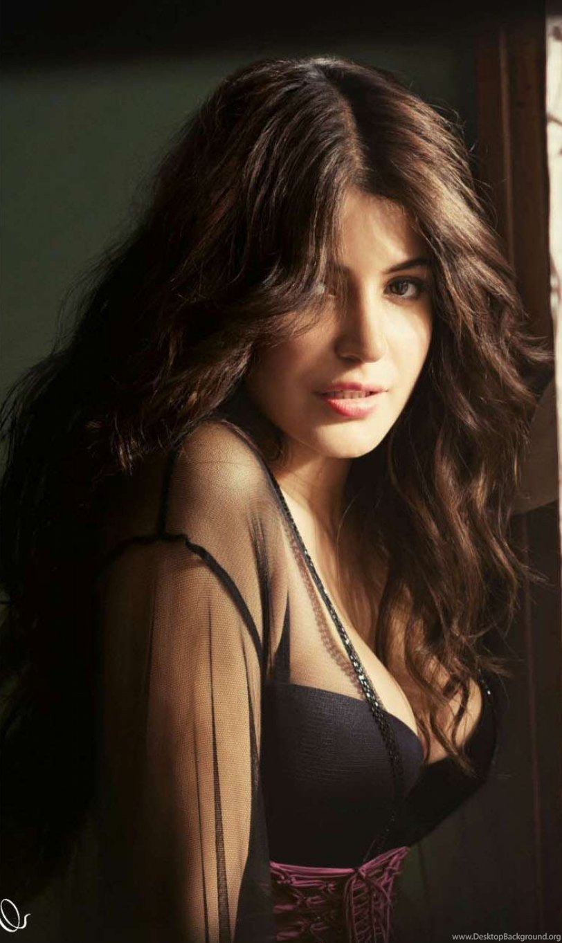 Hot Hd Wallpaper For Android Mobile Marvel Anushka Sharma