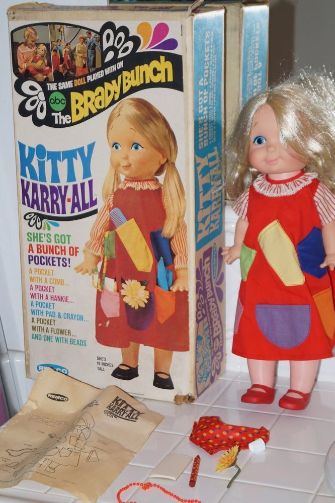 Original 1969 remco kitty karry-all brady bunch doll cindy) + box ...