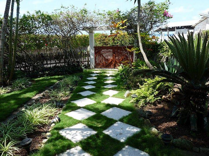 Entrada llena de jardines entradas para jardin - Entradas de jardines ...