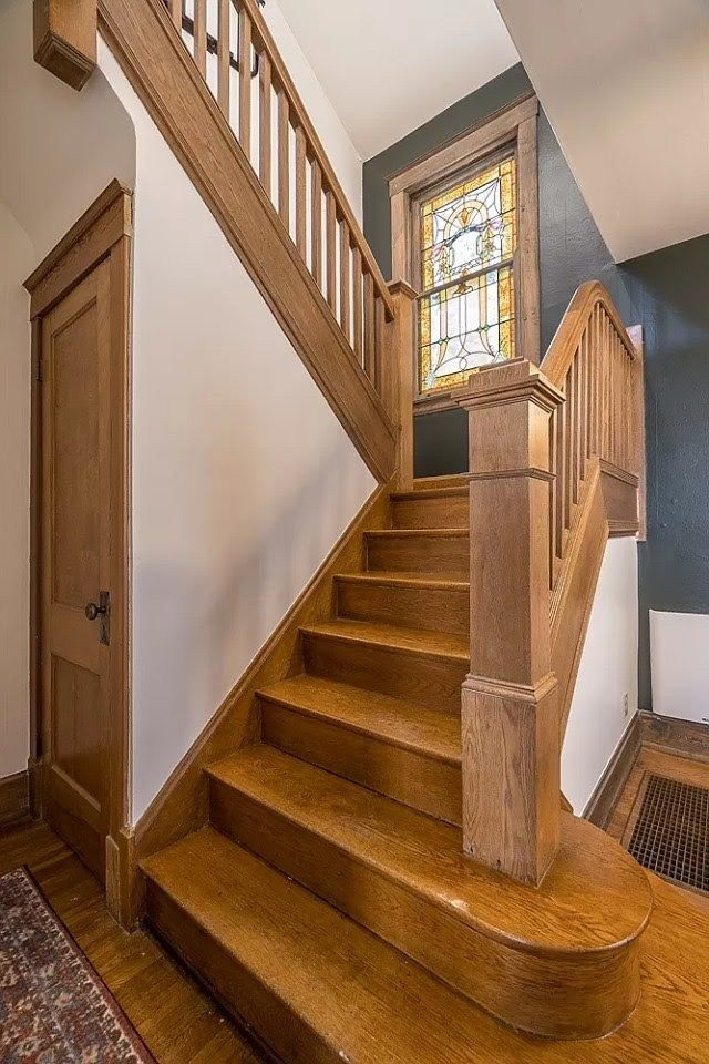 #staircase #stairway CLICK PIC FOR MORE PHOTOS OF THIS 1917 Craftsman For Sale In Cincinnati Ohio