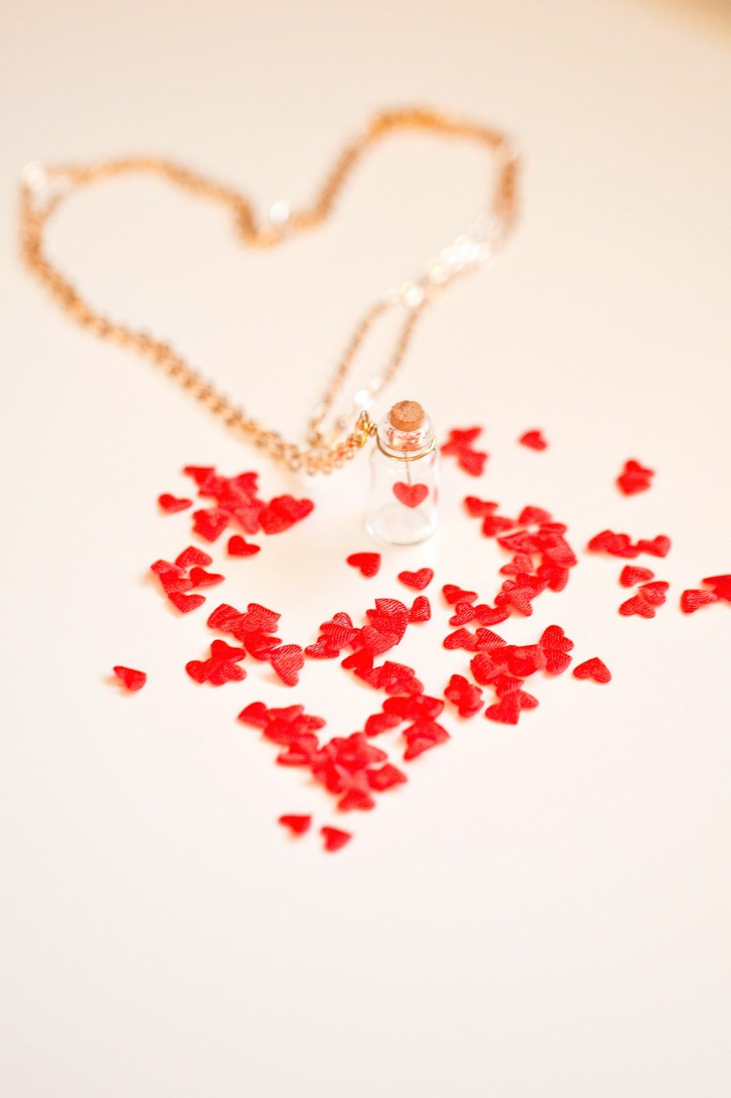 With Valentines less than a week away I thought I would squeeze in a little jewellery DIY you can make before next week. This really swee...
