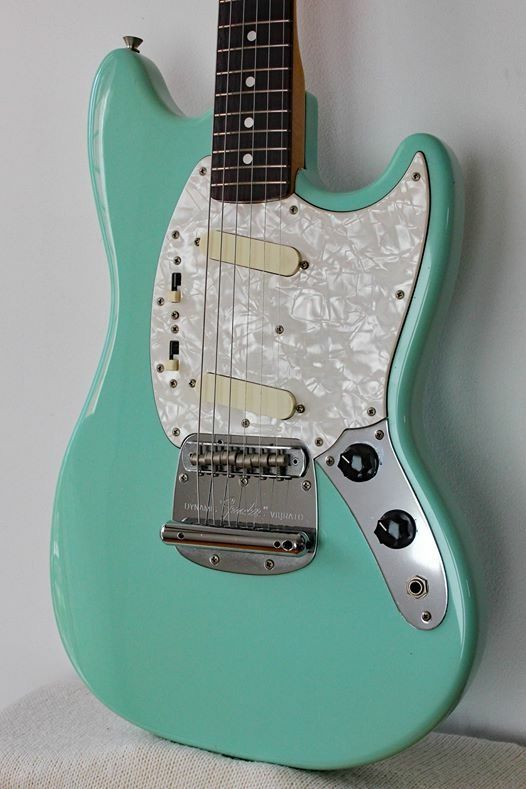 90s sonic blue fender mustang faded to more of a seafoam green gtrs in 2019 fender guitars. Black Bedroom Furniture Sets. Home Design Ideas