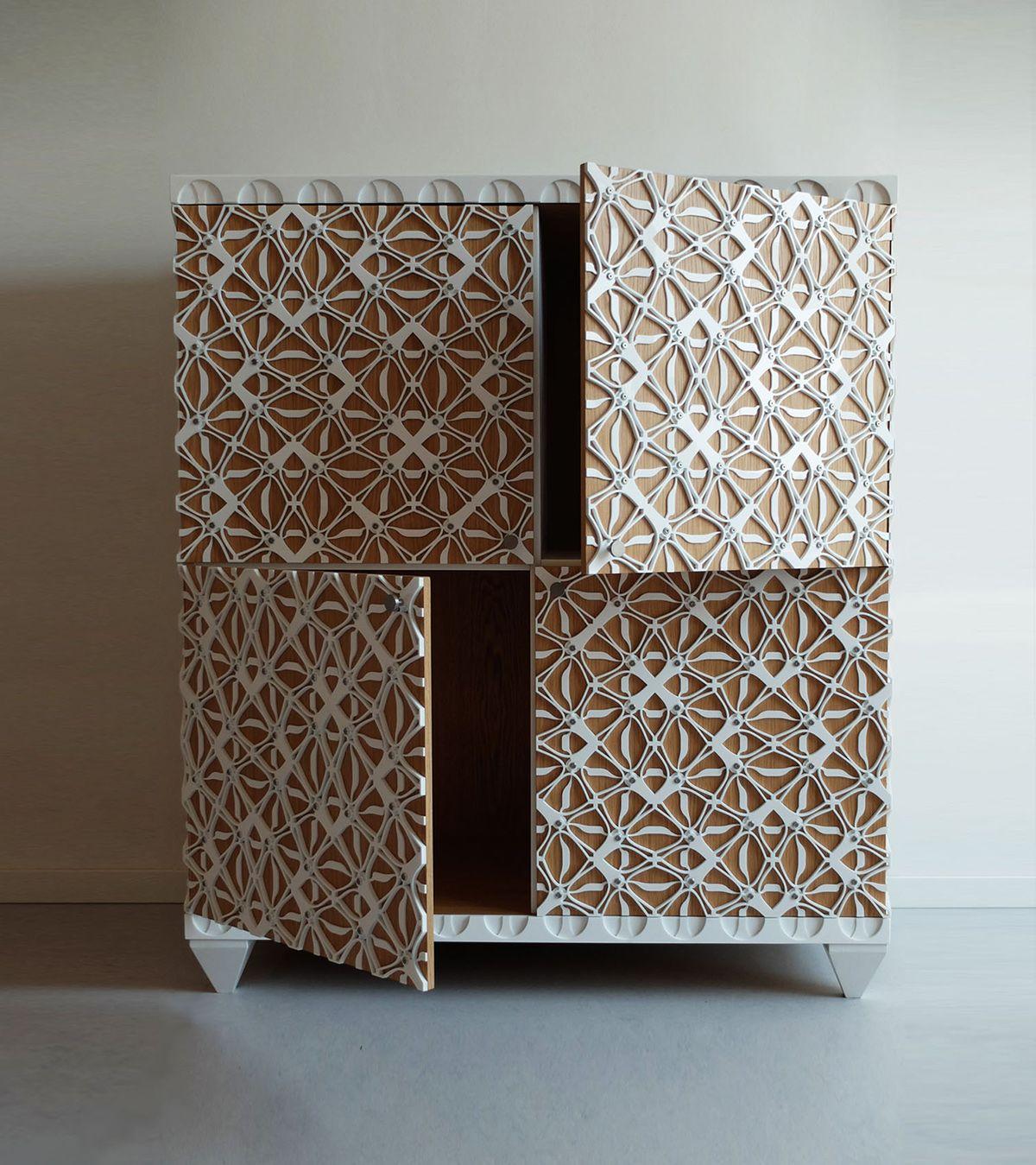 Gothveil cabinet henningmade 02 papier peint en 2019 mobilier de salon d coupe laser bois - Peindre meuble contreplaque ...