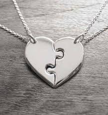 dc902301ac6e Resultado de imagen para pulseras de plata con dijes de corazon Collar De  Amor