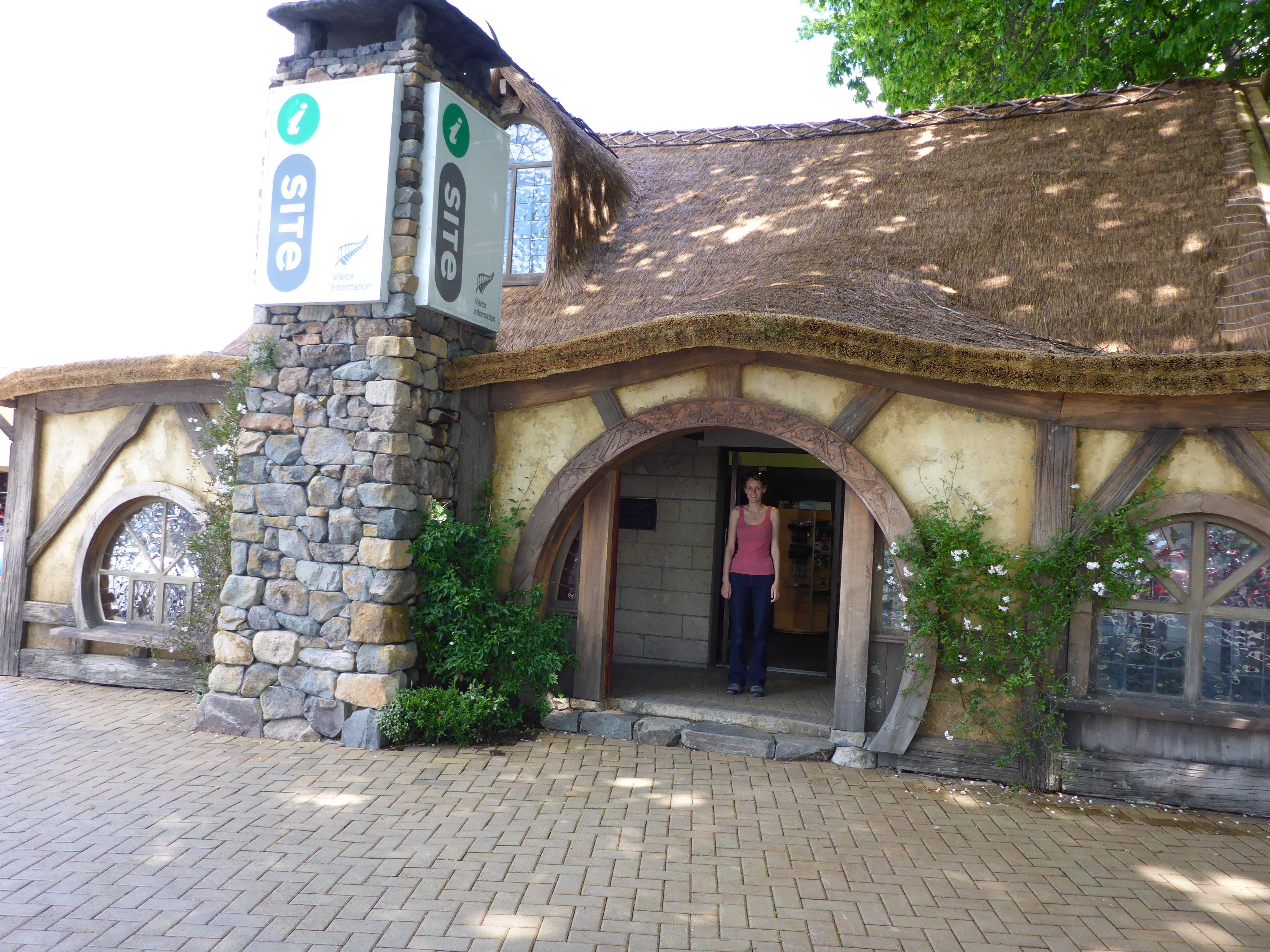 Matamata I Site New Zealand Embracing Lord Of The Rings Viatori
