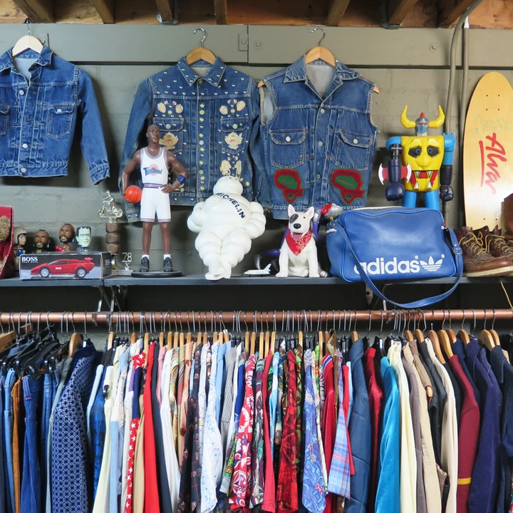 Pin By Get Lost Fall In Love On Vintage Clothing Stores In 2020 Vintage Clothing Stores Vintage Outfits American Vintage Clothing