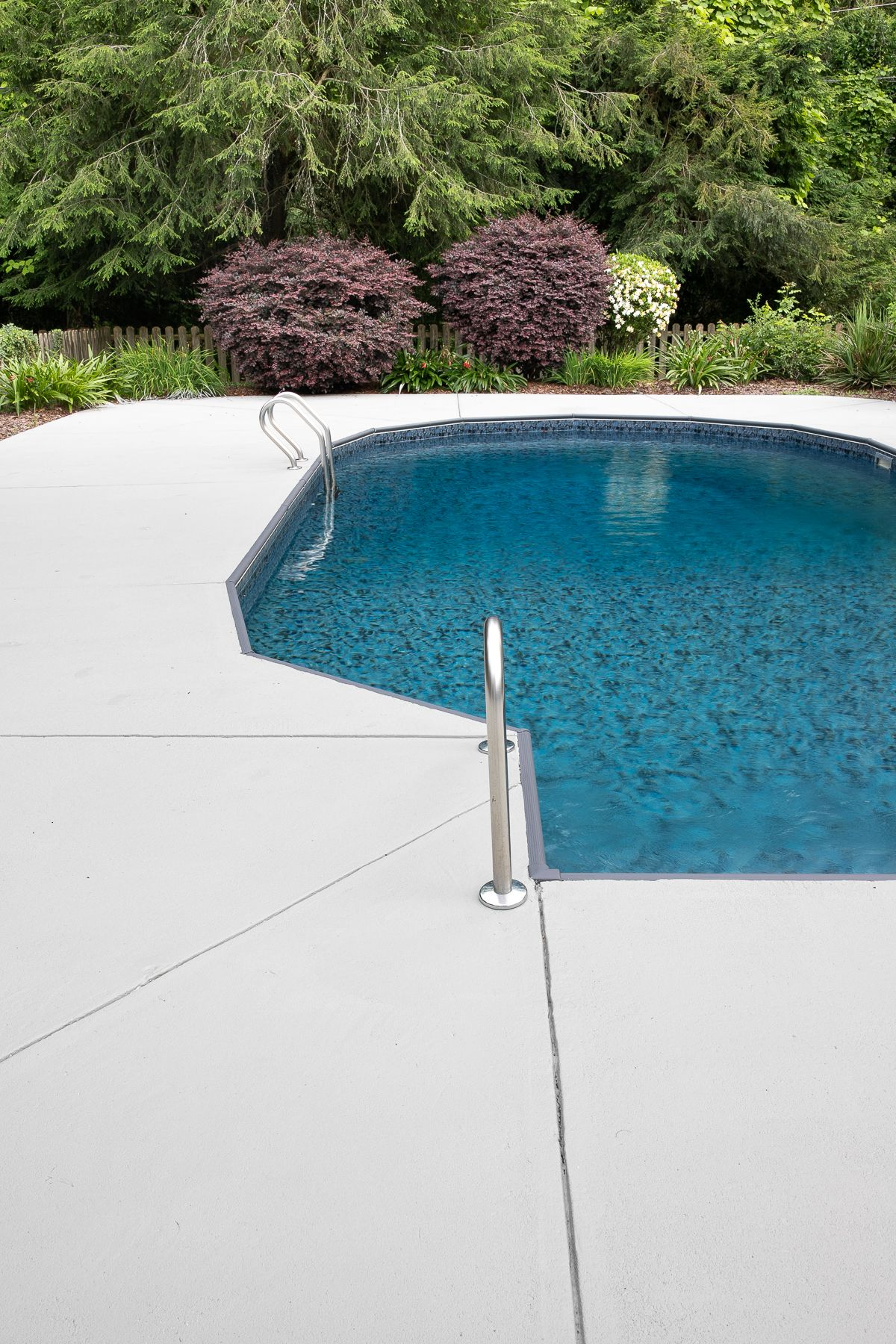 Diy Painted Concrete Pool Deck And Patio Concrete Pool Painting Concrete Painted Pool Deck