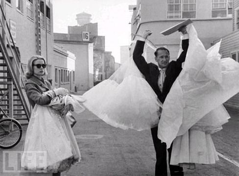 Grace Kelly leaving Hollywood for her wedding