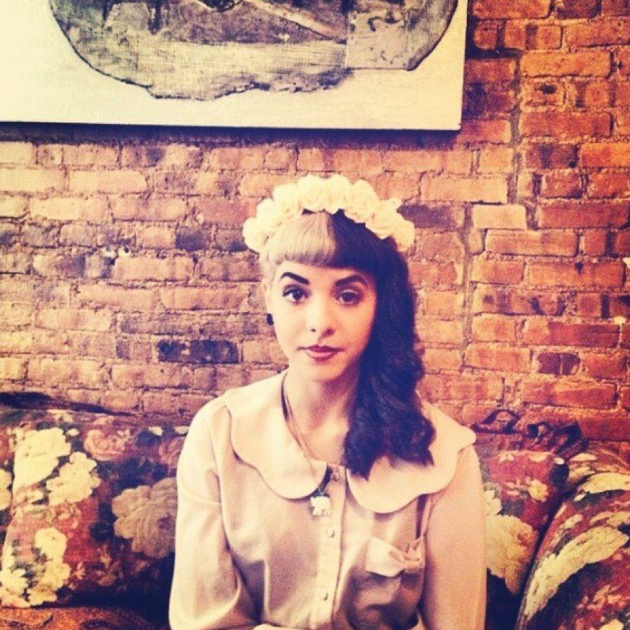 Melanie Martinez Flower Crowns Wwwtopsimagescom