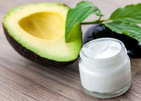 lippenpflege rezept lippenpflege mit avocado l selber machen kosmetik pinterest. Black Bedroom Furniture Sets. Home Design Ideas