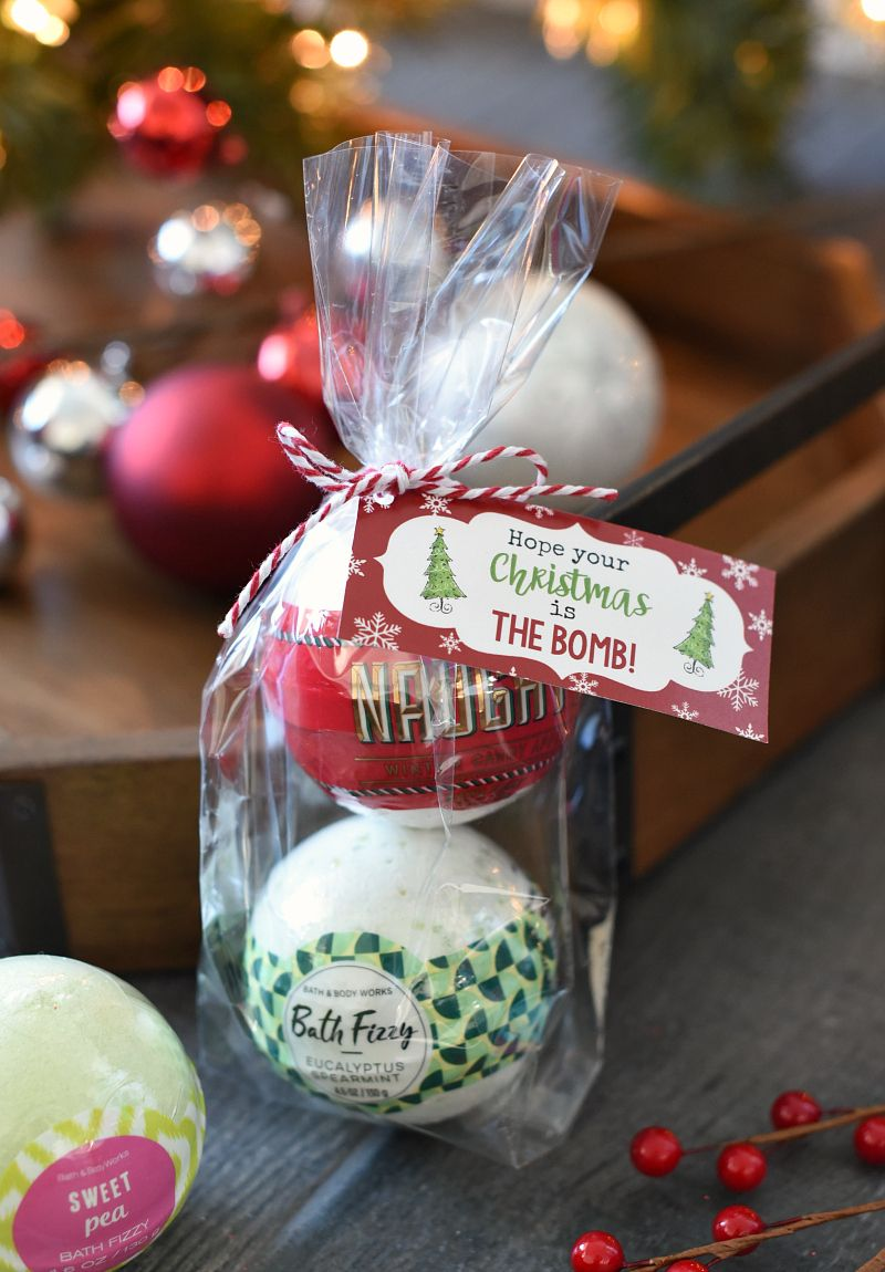 christmas bath bombs are a cute and simple gift that your friends