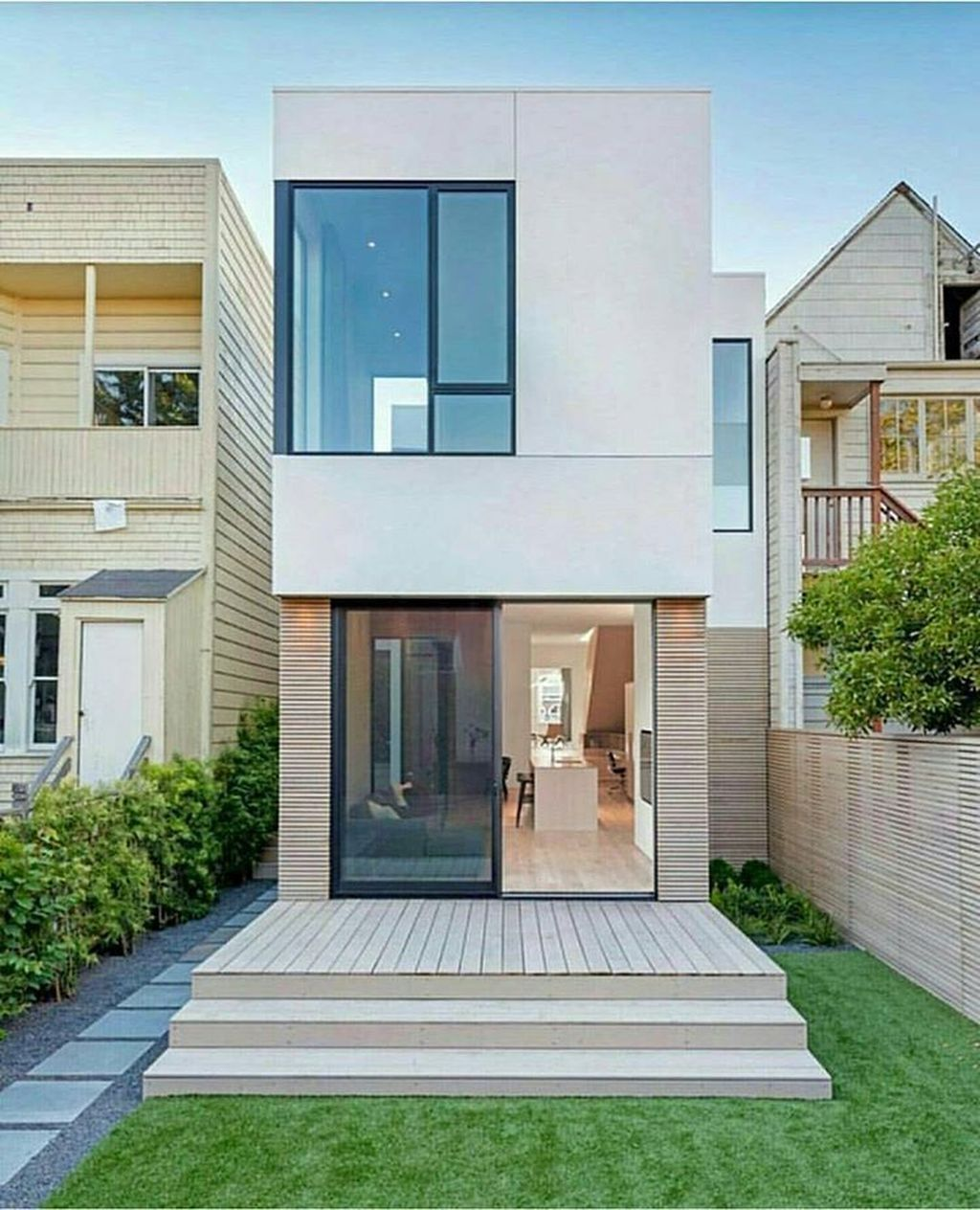 38 Awesome Small Contemporary House Designs Ideas To Try Narrow House Designs Modern Minimalist House Modern Small House Design