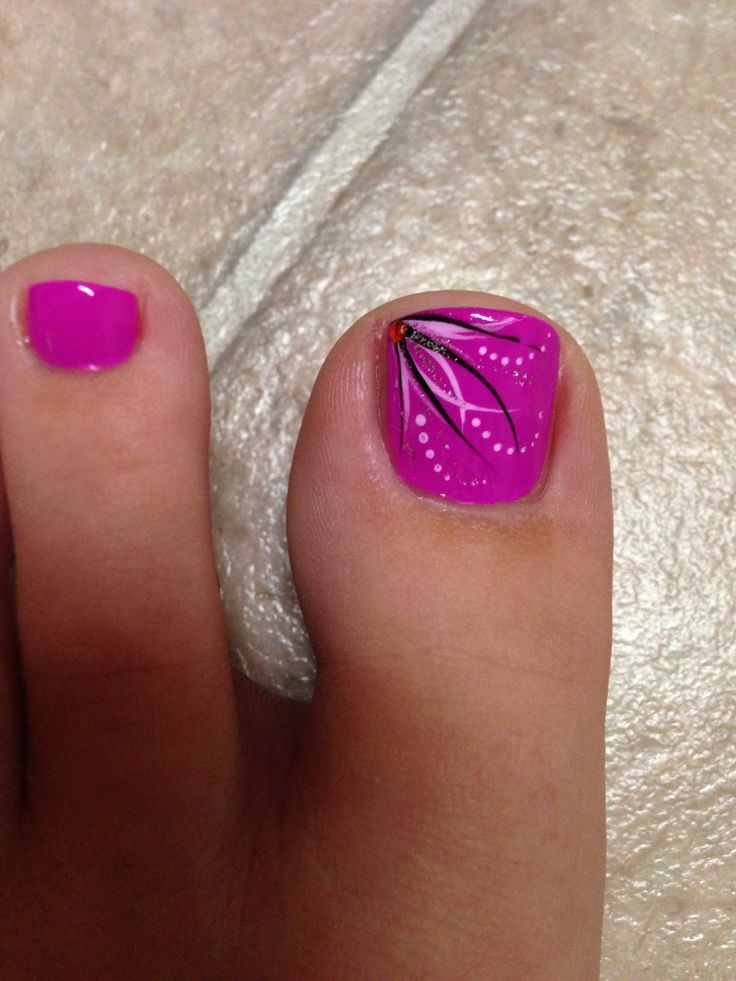 Awesome Pedicure Toe Design! Come To Luxury Spa & Nails