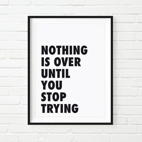 Frase motivadora para empezar bien el día o para levantar un día difícil. - Diseñado desde cero y por encargo. - Impreso en papel de la mas alta