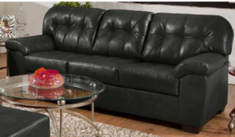 Simmons Upholstery Showtime Bonded Leather Sofa In Onyx 9568 S