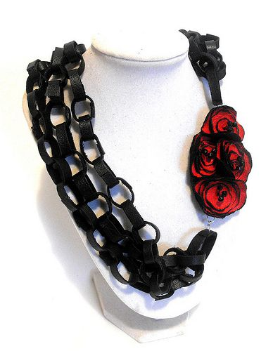 Leather necklace. Chain and roses leather necklace