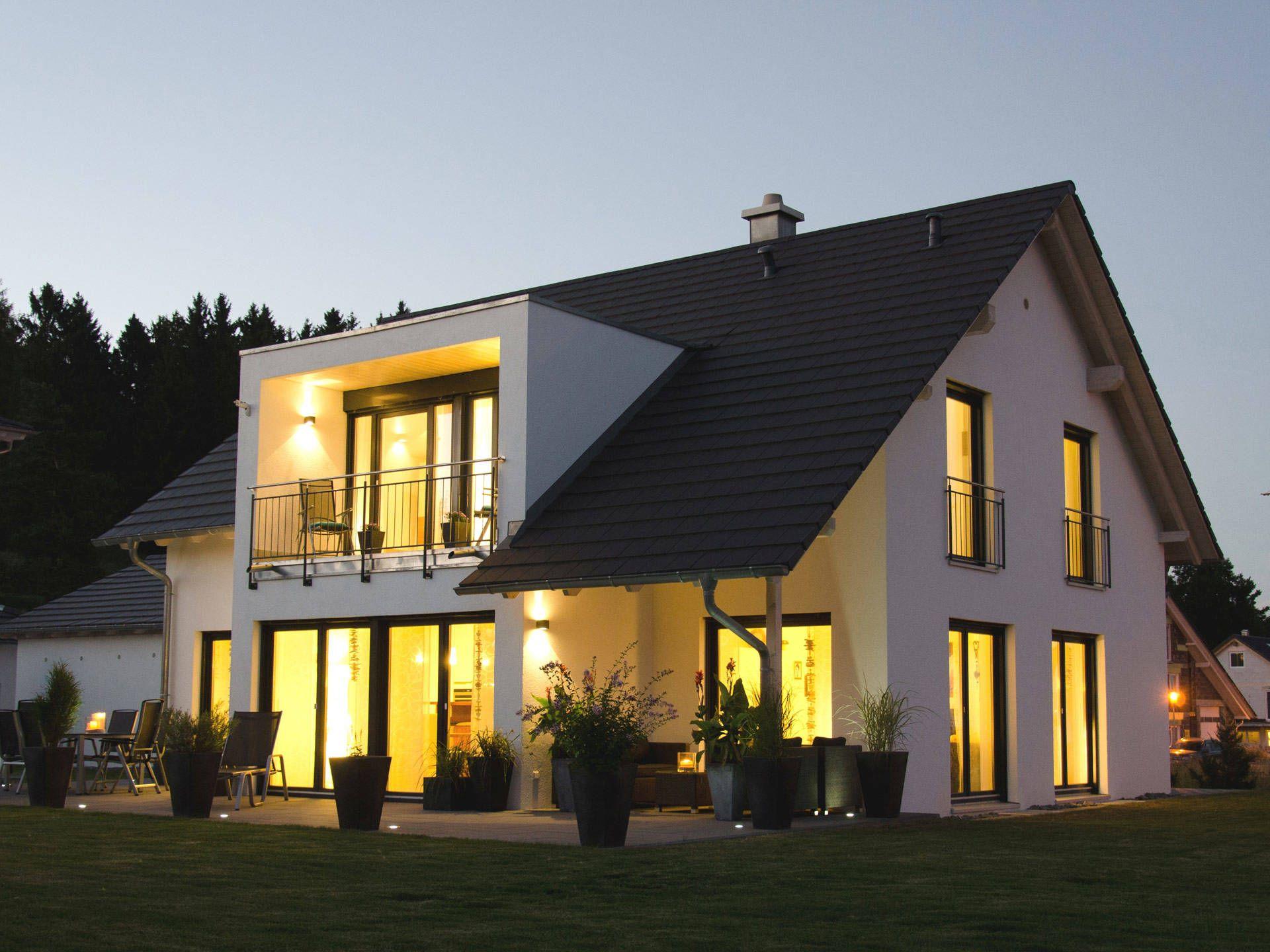 Einfamilienhaus hauser in 2019 architektenhaus haus for Neue moderne hauser