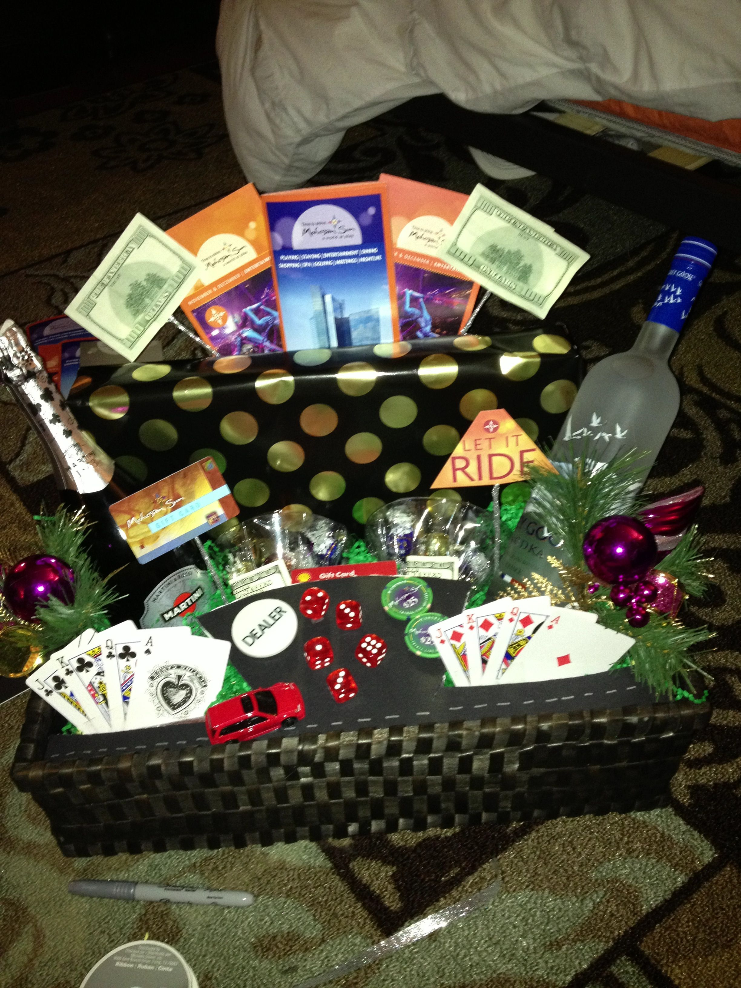 Diy Casino Basket With Images Themed Gift Baskets Gambling