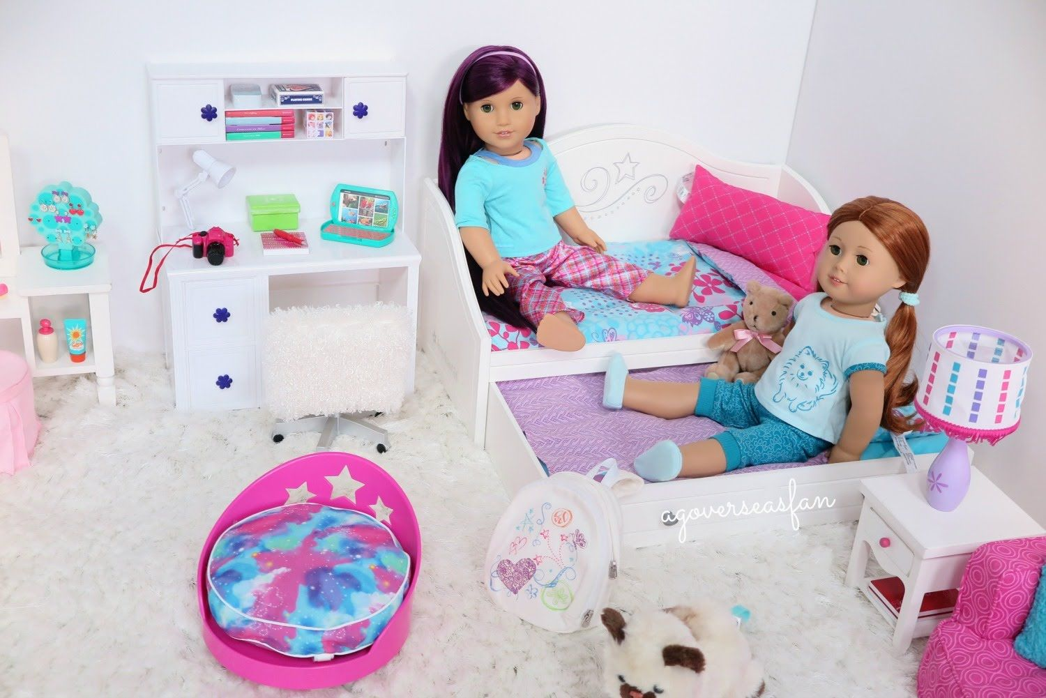 American Girl Doll Bedroom | American girl doll room ...