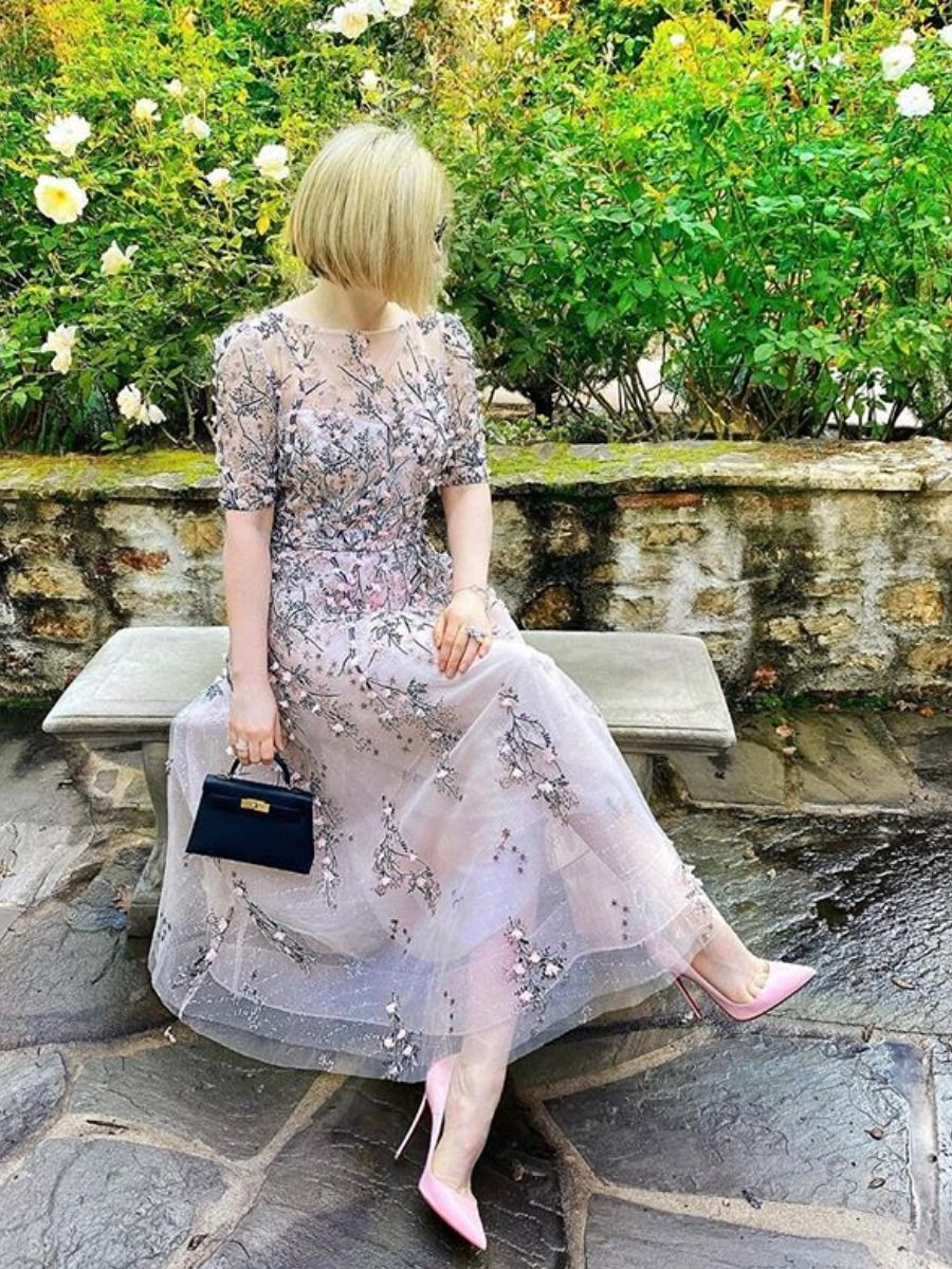 Mesmerizing Mother Of The Bride Fashion For Your Scaled Down Soiree Floral Tea Length Dress Mother Of The Bride Fashion Mother Of The Bride Dresses Long [ 1200 x 900 Pixel ]