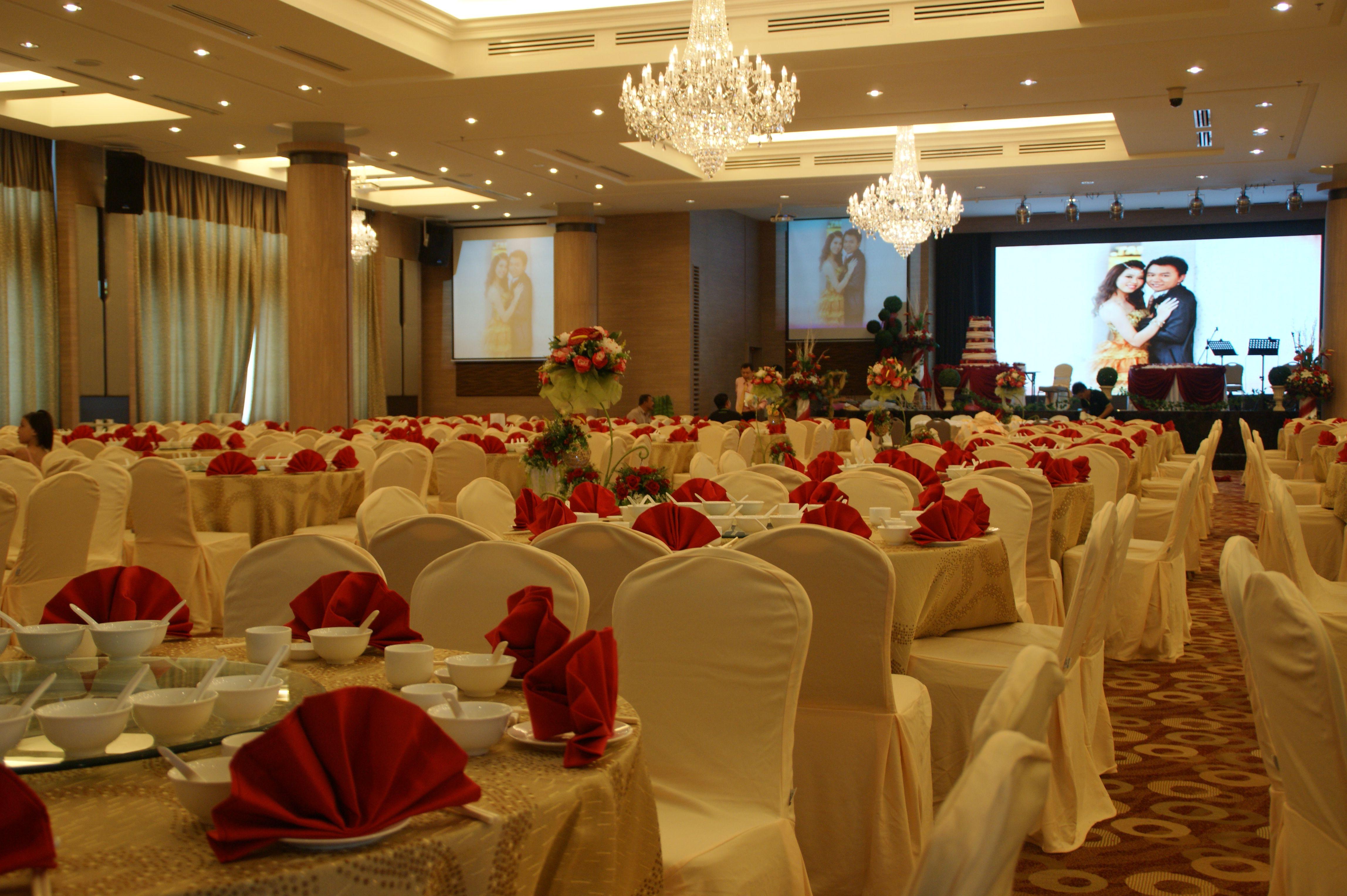 Grand Ballroom - Wedding Dinner Reception | MH Hotel Ipoh