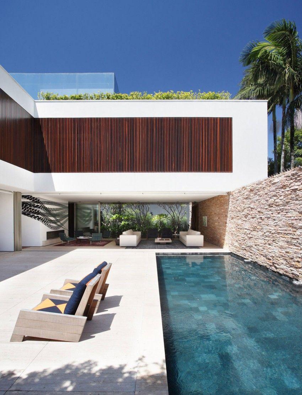 AH House by Studio Guilherme Torres (7) | HomeDSGN | Casa1 ...