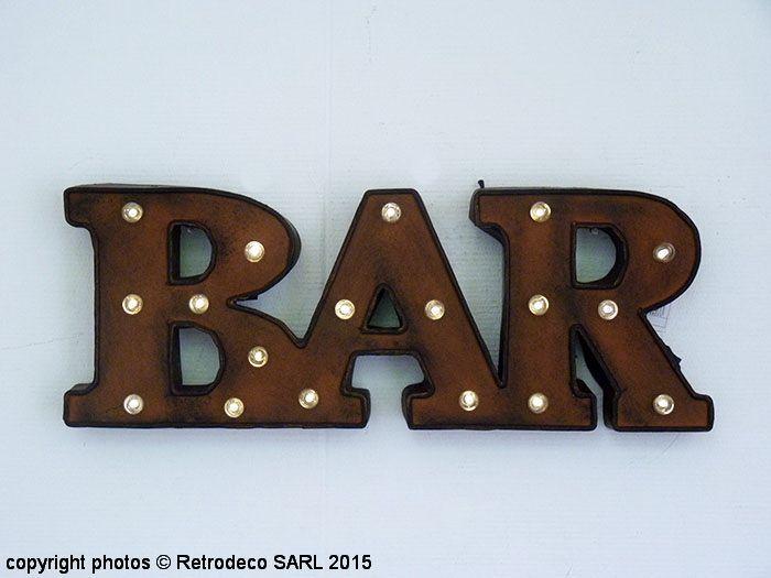 Mot Bar lumineux métal patiné, déco atelier, Antic Line Atelier - peinture bois et fer