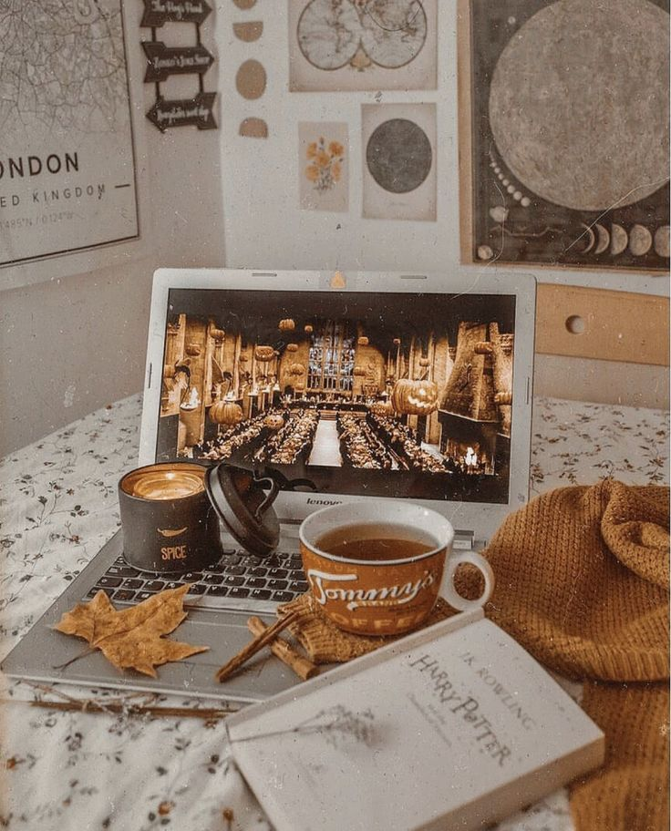 flat lay photo inspo #autumnseason
