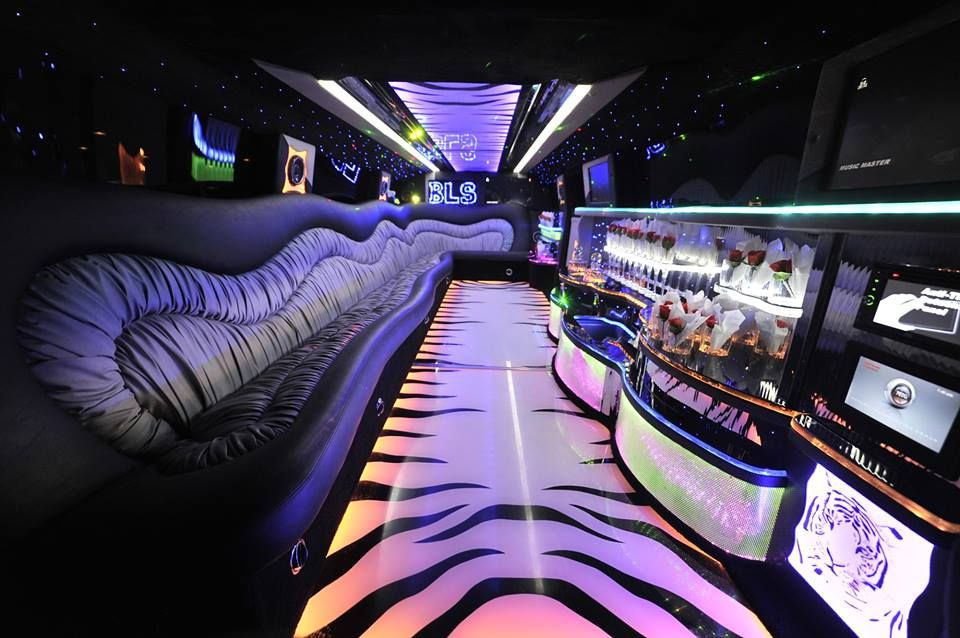 Limo Hummer H2 Interior In Pakistan Lahore Karachi Limo