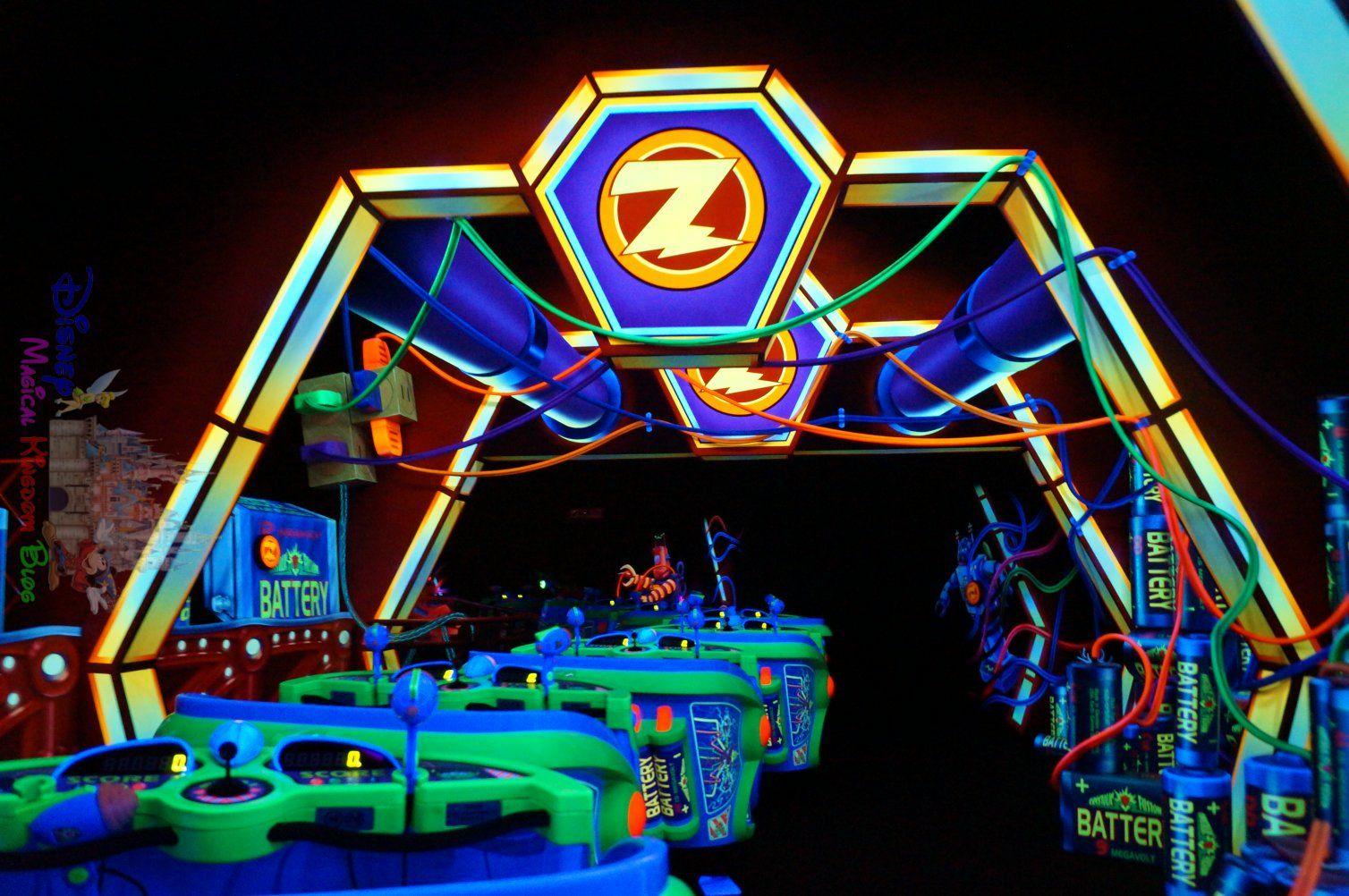 Buzz Lightyear Astro Blasters   Tomorrowland @ Hong Kong ...