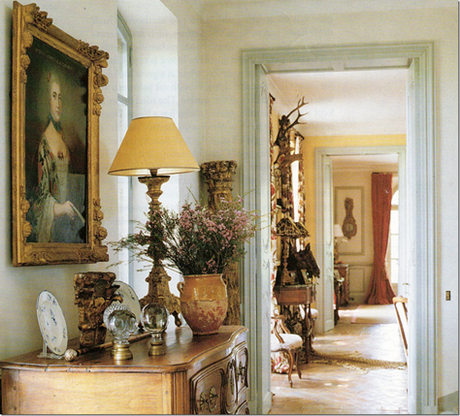 Il mas in provenza di una fantastica interior designer for Case stile inglese interni