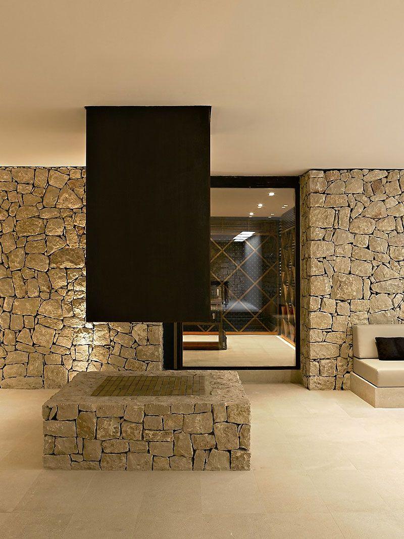 House in Monasterios by Ramon Esteve | Haus ideen, Drinnen und ...