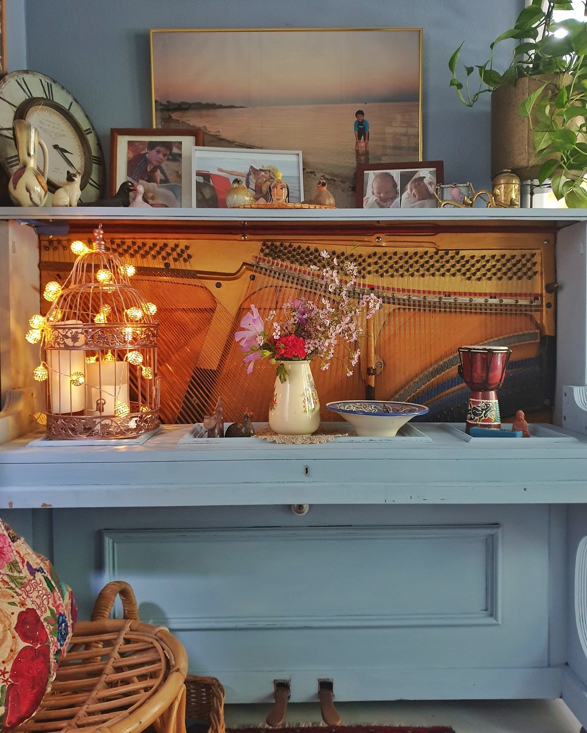 How to upcycle an old piano into a old pianos