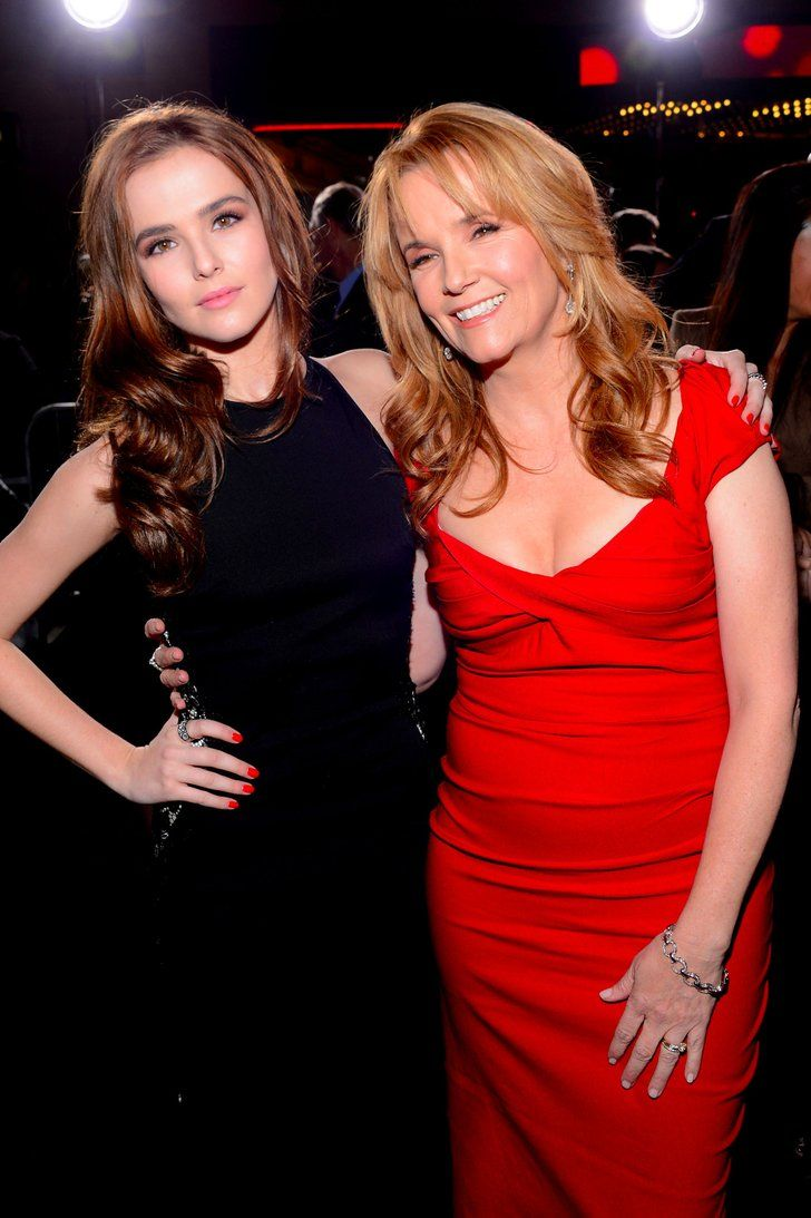 Zoey deutch and her mother lea thompson in greenwich village in nyc