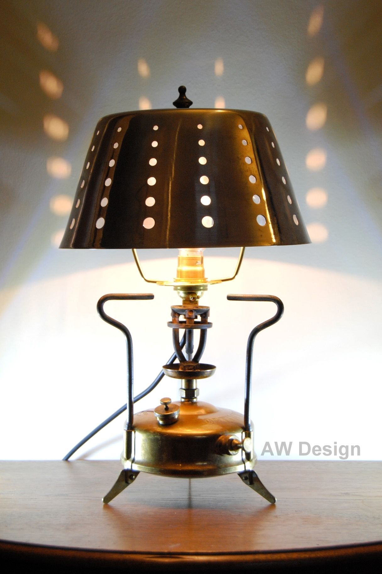 This Lamp Upcycling Project Is Based On A Vintage Brass