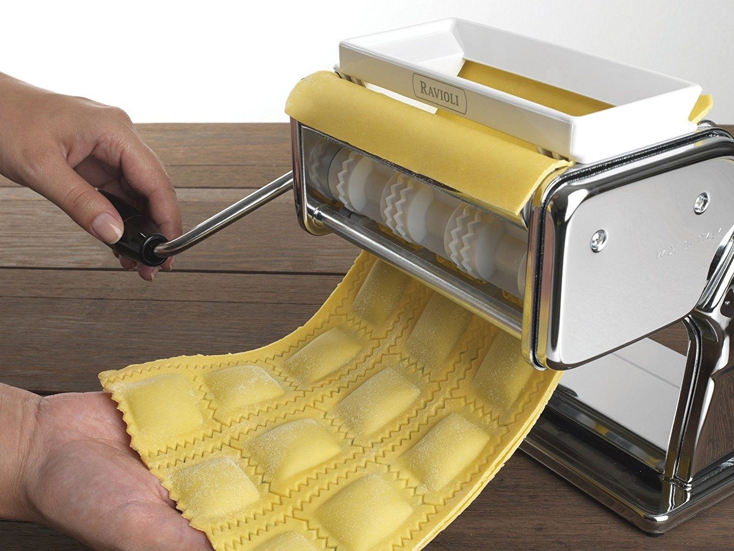 The Ultimate Gift Guide For Cooks Of All Levels Pasta Maker Pasta Machine Ravioli Cutter
