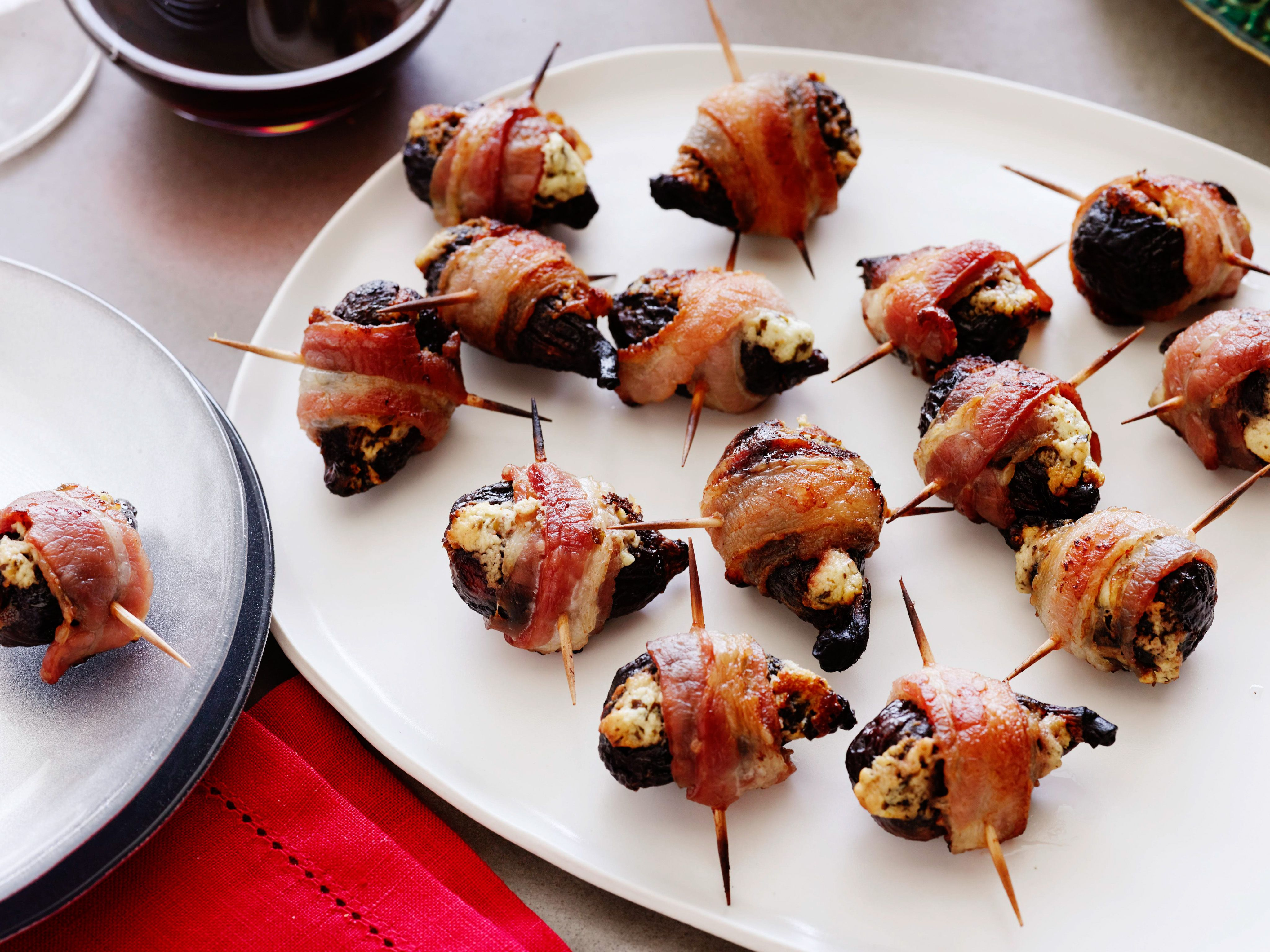 Bacon wrapped stuffed figs recipe bacon wrapped bacon and wraps forumfinder Images