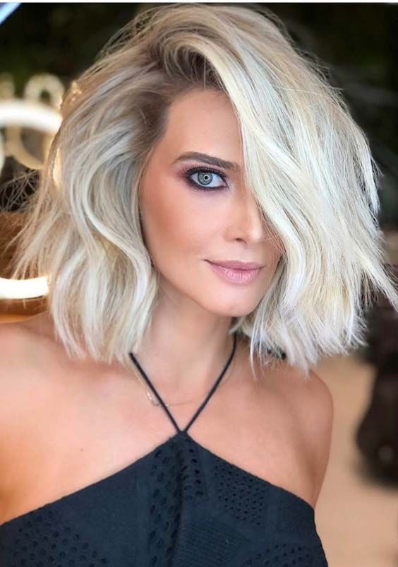 Medium Blonde Hairstyles 53 Elegant Side Parted Short To Medium Blonde Haircuts For 2018