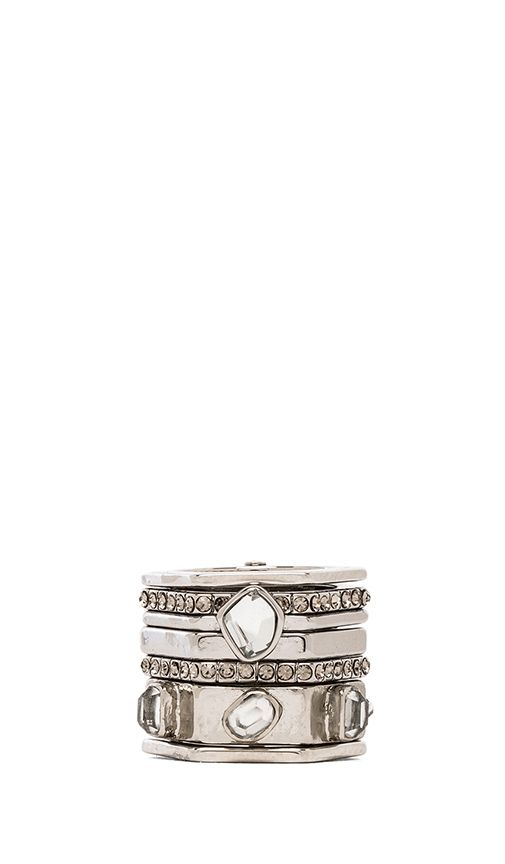 I would very much appreciate someone buying me this ring.