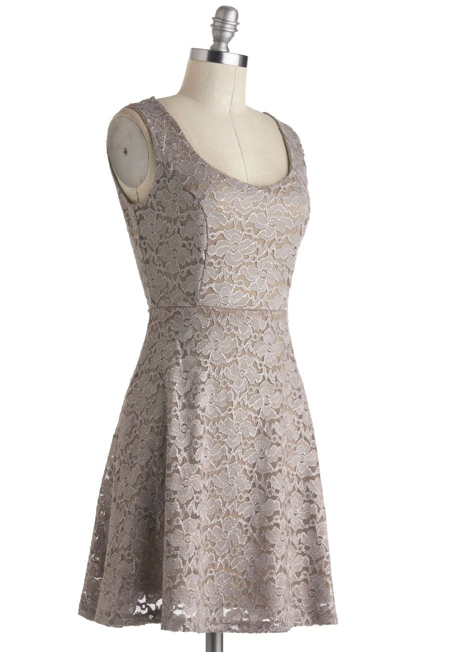 Lush with beauty dress in garden shops it is and retro vintage