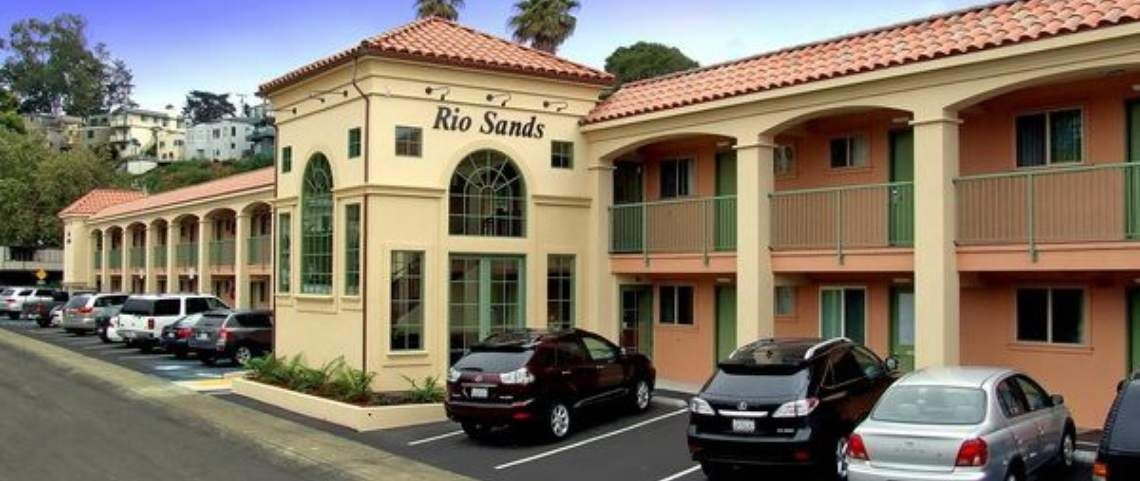 The Rio Sands Hotel In Aptos Is Located Del Mar Beach Area And Offers A Wide Range Of Accommodations For Visitors To