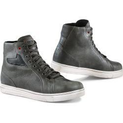Reduzierte Schuhe