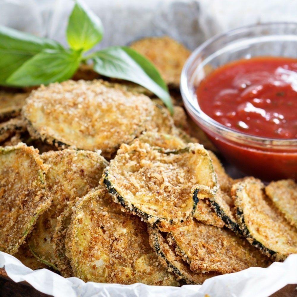 Chips De Calabacín Deliciosos Y Fáciles De Hacer Para Preparar Un Snack Saludable Chips De Calabacín Al Horno Chips De Calabacín Vegetales Al Horno