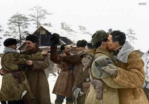 Russian soldiers during World War 2, color photo 4 | Soviet