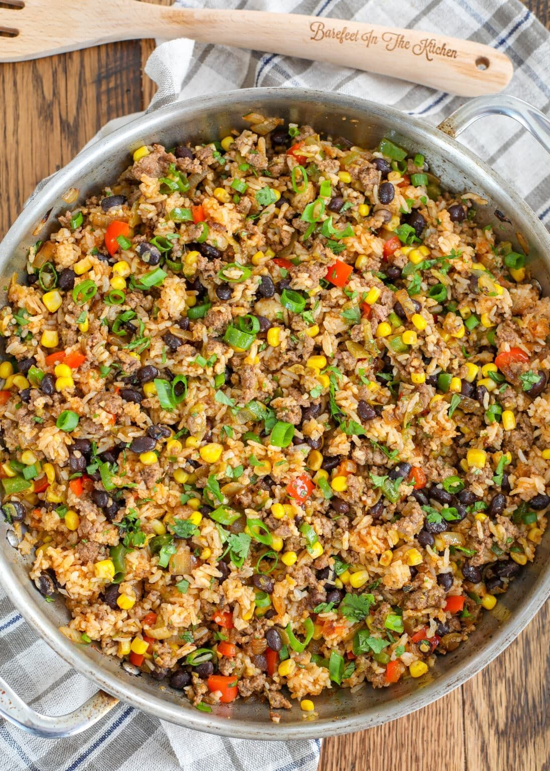 Mexican Fried Rice Is Filled With Ground Beef Bell Peppers Black Beans And Corn In 2020 Mexican Fried Rice Fried Rice Stuffed Peppers