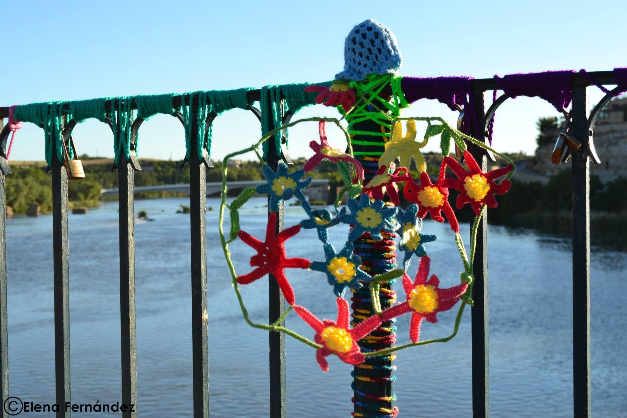 Ganchillo en el puente
