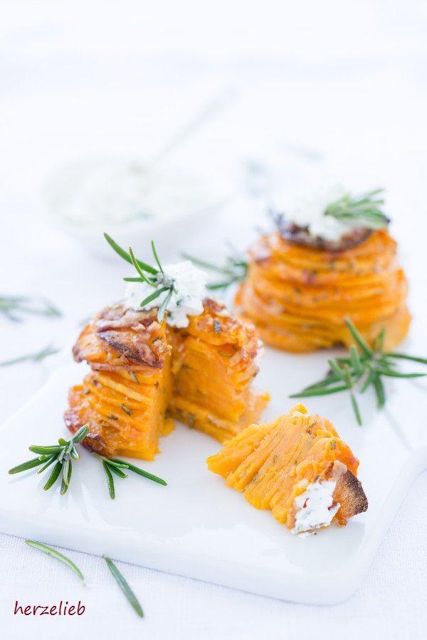 Photo of Hochstapelei – Sweet Potato Turret Snack with Garlic and Parmesan