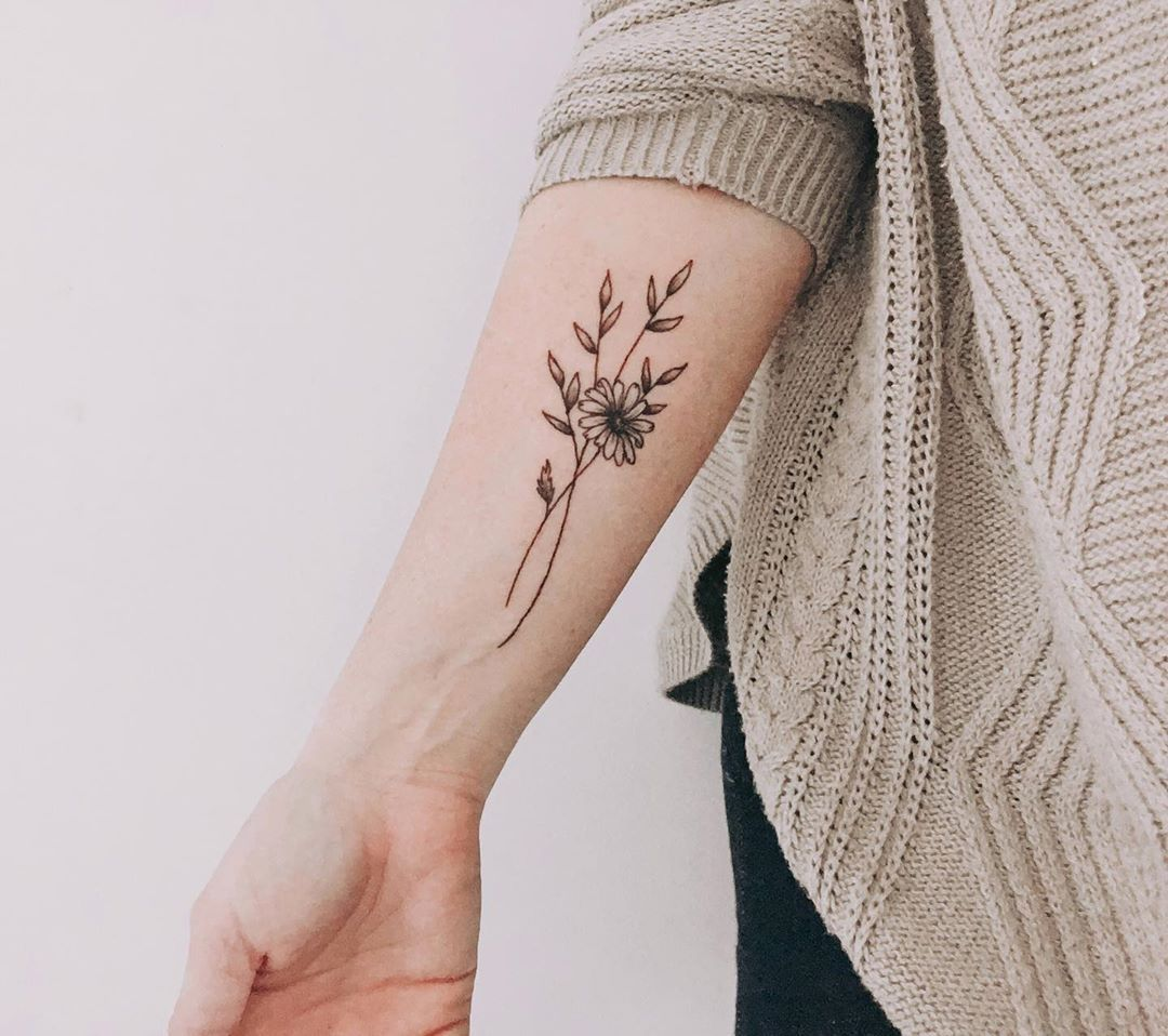 """Jessica Willis on Instagram: """"I did a thing.  Audrey was born April 2016, April's birth month flower is a daisy, and here it is.  A simple tattoo for my baby girl. She…"""""""