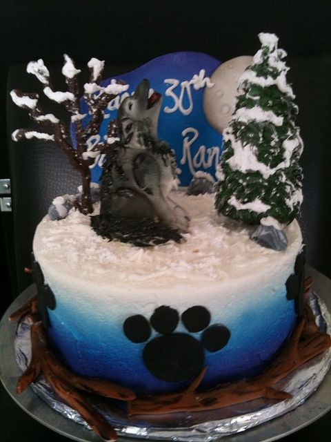 https://flic.kr/p/84jQt8 | wolf cake Beth | This cake is marble with cream cheese icing. The decorations are fondant and royal icing. This was a fun cake to make.